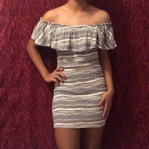 Sadie & Sage gray and white off the shoulder dress